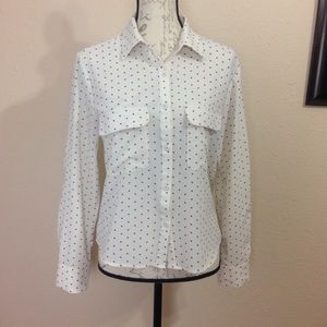 Mini heart pattern button down shirt size M